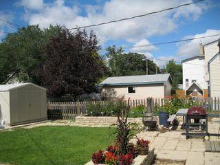 Photo 9: 350 BELVIDERE Street in WINNIPEG: St James Residential for sale (West Winnipeg)  : MLS®# 1017575