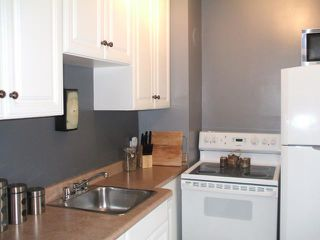 Photo 6: 455 Lariviere Street in WINNIPEG: St Boniface Residential for sale (South East Winnipeg)  : MLS®# 1018534