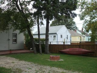 Photo 4: 455 Lariviere Street in WINNIPEG: St Boniface Residential for sale (South East Winnipeg)  : MLS®# 1018534
