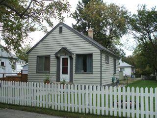 Photo 1: 455 Lariviere Street in WINNIPEG: St Boniface Residential for sale (South East Winnipeg)  : MLS®# 1018534