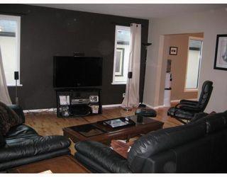 Photo 4: 867 BEACH Avenue in WINNIPEG: East Kildonan Residential for sale (North East Winnipeg)  : MLS®# 2817618