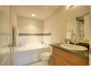 "Photo 7: 306 1650 W 7TH Avenue in Vancouver: Fairview VW Condo for sale in ""THE VIRTU"" (Vancouver West)  : MLS®# V733950"