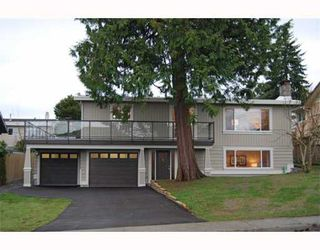 Photo 1: 5324 6TH Avenue in Tsawwassen: Pebble Hill House for sale : MLS®# V747224