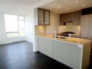 """Photo 2: 2909 5470 ORMIDALE Street in Vancouver: Collingwood VE Condo for sale in """"Collingwood VE"""" (Vancouver East)  : MLS®# R2394376"""