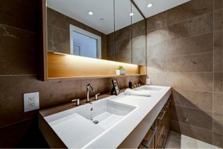 "Photo 14: 308 3220 CONNAUGHT Crescent in North Vancouver: Edgemont Condo for sale in ""The Connaught"" : MLS®# R2405585"