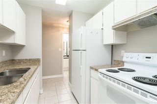 """Photo 5: 218 1850 E SOUTHMERE Crescent in Surrey: Sunnyside Park Surrey Condo for sale in """"Southmere Place"""" (South Surrey White Rock)  : MLS®# R2418866"""