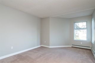 """Photo 13: 218 1850 E SOUTHMERE Crescent in Surrey: Sunnyside Park Surrey Condo for sale in """"Southmere Place"""" (South Surrey White Rock)  : MLS®# R2418866"""