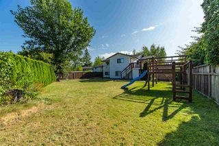 Photo 15: 6081 171A Street in Surrey: Cloverdale BC House for sale (Cloverdale)  : MLS®# R2420575