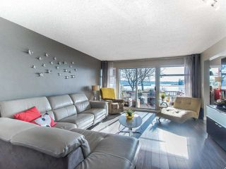 Photo 3: 103 - 12 K De K Court in New Westminster: Quay Condo for sale : MLS®# R2419227