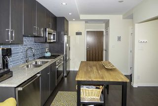 """Photo 5: 510 38 W 1ST Avenue in Vancouver: False Creek Condo for sale in """"THE ONE"""" (Vancouver West)  : MLS®# R2426539"""