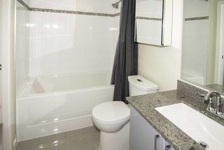 """Photo 10: 510 38 W 1ST Avenue in Vancouver: False Creek Condo for sale in """"THE ONE"""" (Vancouver West)  : MLS®# R2426539"""