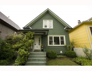 Photo 1: 2009 E 3RD Avenue in Vancouver: Grandview VE House for sale (Vancouver East)  : MLS®# V781782