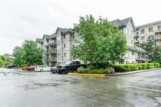 Photo 3: 205 33668 KING Road in Abbotsford: Poplar Condo for sale : MLS®# R2466135