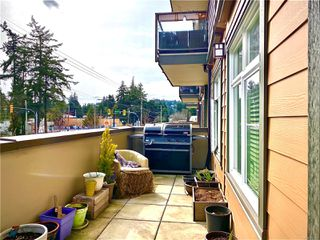 Photo 9: 201 2220 Sooke Rd in : Co Hatley Park Condo for sale (Colwood)  : MLS®# 851143
