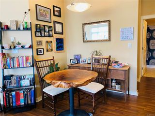 Photo 8: 201 2220 Sooke Rd in : Co Hatley Park Condo for sale (Colwood)  : MLS®# 851143