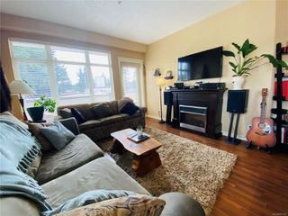 Photo 3: 201 2220 Sooke Rd in : Co Hatley Park Condo for sale (Colwood)  : MLS®# 851143