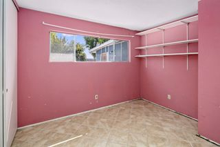Photo 18: OCEANSIDE House for sale : 3 bedrooms : 4119 Thomas St