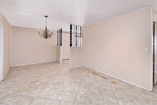 Photo 9: OCEANSIDE House for sale : 3 bedrooms : 4119 Thomas St