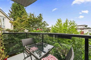 "Photo 4: 2110 TRIUMPH Street in Vancouver: Hastings Townhouse for sale in ""The Triumph"" (Vancouver East)  : MLS®# R2505556"