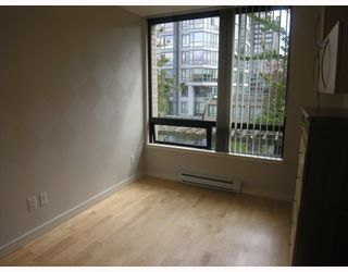 Photo 4: 304 1003 BURNABY Street in Vancouver: West End VW Condo for sale (Vancouver West)  : MLS®# V786418