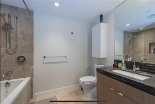 "Photo 8: 601 112 E 13TH Street in North Vancouver: Central Lonsdale Condo for sale in ""ENTREVIEW"" : MLS®# R2527672"