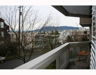 "Photo 6: 204 1299 W 7TH Avenue in Vancouver: Fairview VW Condo for sale in ""Marbella"" (Vancouver West)  : MLS®# V802053"