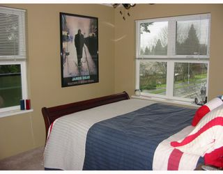 "Photo 5: 311 1519 GRANT Avenue in Port Coquitlam: Glenwood PQ Condo for sale in ""THE BEACON"" : MLS®# V807570"