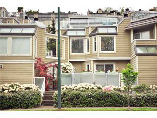 "Photo 1: F8 1100 W 6TH Avenue in Vancouver: Fairview VW Townhouse for sale in ""FAIRVIEW PLACE"" (Vancouver West)  : MLS®# V828284"