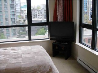 """Photo 8: 804 928 HOMER Street in Vancouver: Downtown VW Condo for sale in """"YALETOWN PARK 1"""" (Vancouver West)  : MLS®# V830262"""