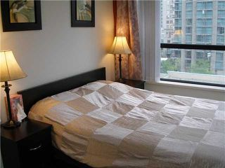 """Photo 7: 804 928 HOMER Street in Vancouver: Downtown VW Condo for sale in """"YALETOWN PARK 1"""" (Vancouver West)  : MLS®# V830262"""