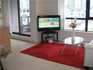 """Photo 3: 804 928 HOMER Street in Vancouver: Downtown VW Condo for sale in """"YALETOWN PARK 1"""" (Vancouver West)  : MLS®# V830262"""