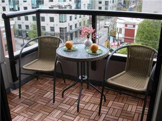 """Photo 10: 804 928 HOMER Street in Vancouver: Downtown VW Condo for sale in """"YALETOWN PARK 1"""" (Vancouver West)  : MLS®# V830262"""