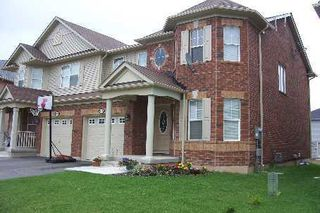 Main Photo: 934 Zelinsky Crest in Milton: House (2 1/2 Storey) for sale (W22: HALTON)  : MLS®# W1467222