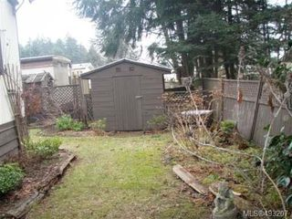 Photo 7: 2129 STADACONA DRIVE in COMOX: Z2 Comox (Town of) Manufactured Home for sale : MLS®# 493207