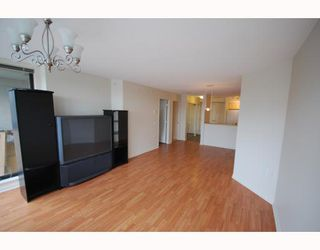 "Photo 2: 303 8180 GRANVILLE Avenue in Richmond: Brighouse South Condo for sale in ""THE DUCHESS"" : MLS®# V755174"