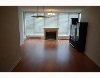 "Photo 4: 303 8180 GRANVILLE Avenue in Richmond: Brighouse South Condo for sale in ""THE DUCHESS"" : MLS®# V755174"