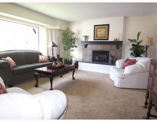 """Photo 2: 866 ALDER Place in Port_Coquitlam: Lincoln Park PQ House for sale in """"SUN VALLEY"""" (Port Coquitlam)  : MLS®# V763197"""