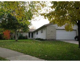 Photo 1:  in WINNIPEG: Fort Garry / Whyte Ridge / St Norbert Residential for sale (South Winnipeg)  : MLS®# 2908004