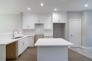 Photo 9:  in Edmonton: Zone 17 House Half Duplex for sale : MLS®# E4176568
