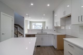 Photo 7:  in Edmonton: Zone 17 House Half Duplex for sale : MLS®# E4176568