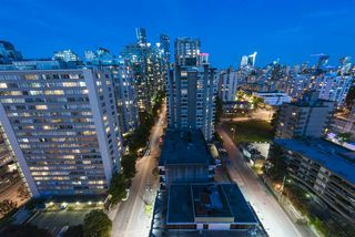 "Photo 29: 15B 1500 ALBERNI Street in Vancouver: West End VW Condo for sale in ""1500 ALBERNI"" (Vancouver West)  : MLS®# R2468252"
