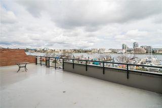 Photo 2: 324 21 Dallas Rd in Victoria: Vi James Bay Condo Apartment for sale : MLS®# 843211