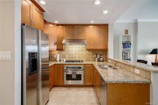 Photo 4: 324 21 Dallas Rd in Victoria: Vi James Bay Condo Apartment for sale : MLS®# 843211