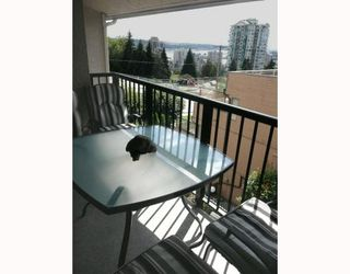 Photo 3: 303 803 QUEENS Avenue in New Westminster: Uptown NW Condo for sale : MLS®# V784538