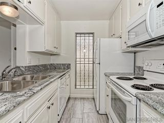 Photo 3: PACIFIC BEACH Apartment for rent : 2 bedrooms : 962 LORING STREET #1A