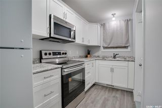 Photo 2: 211 I Avenue South in Saskatoon: Riversdale Residential for sale : MLS®# SK838222