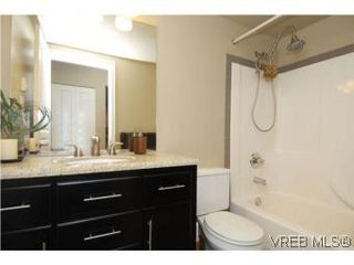 Photo 14: 202 1015 Johnson Street in VICTORIA: Vi Downtown Condo Apartment for sale (Victoria)  : MLS®# 273440