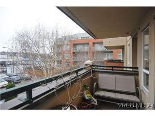 Photo 16: 202 1015 Johnson Street in VICTORIA: Vi Downtown Condo Apartment for sale (Victoria)  : MLS®# 273440