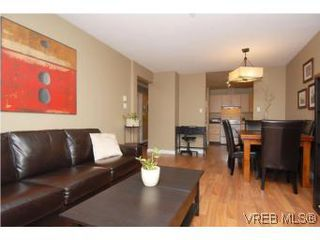 Photo 5: 202 1015 Johnson Street in VICTORIA: Vi Downtown Condo Apartment for sale (Victoria)  : MLS®# 273440