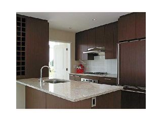 "Photo 5: 905 1333 W 11TH Avenue in Vancouver: Fairview VW Condo for sale in ""SAKURA"" (Vancouver West)  : MLS®# V866051"